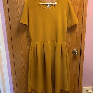 Lularoe midi dress with short sleeves